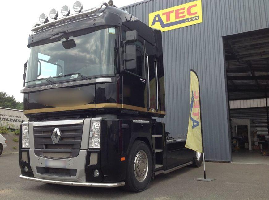 Un superbe camion Renault Magnum vient chez Atec